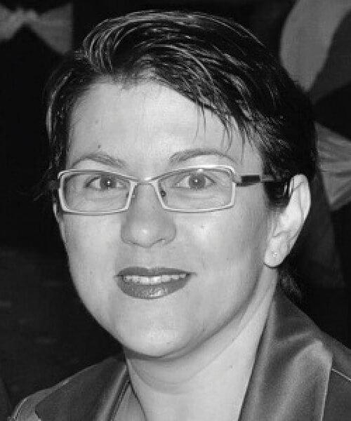 Ms Nada Andersen